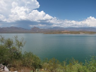 lake roosevelt, apache trail, arizona, travel