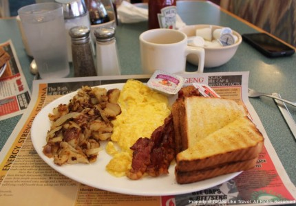 spring pancake house, myrtle beach, breakfast, tastes like travel, tastealiketravel.com
