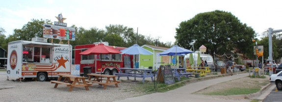 south austin trailer park eatery, austin restaurants, tastes like travel, food,