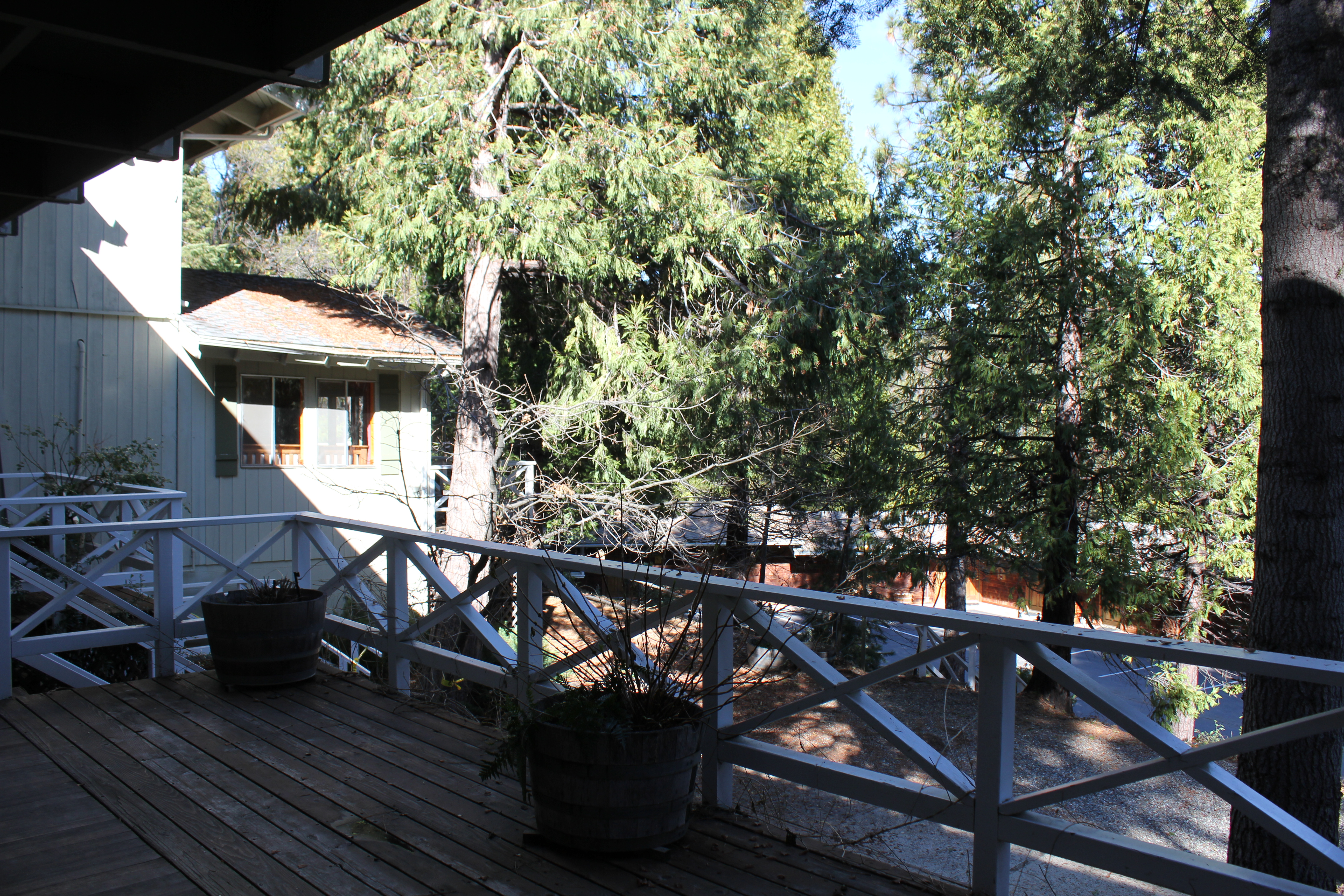 the narrow gauge inn near yosemite is a step back in time. Black Bedroom Furniture Sets. Home Design Ideas